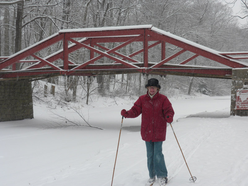 cross country skiing on the towpath