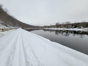 Snowy towpath along the Delaware Canal